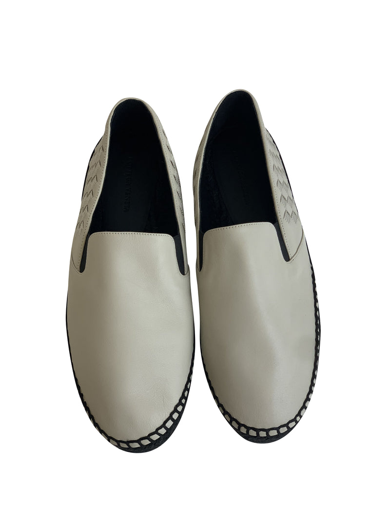 Bottega Veneta Mens White Intrecciato Slip On Loafer - ACCESSX