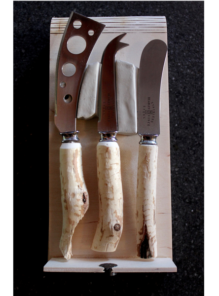 Cheese Knife Set - Beaver Stick