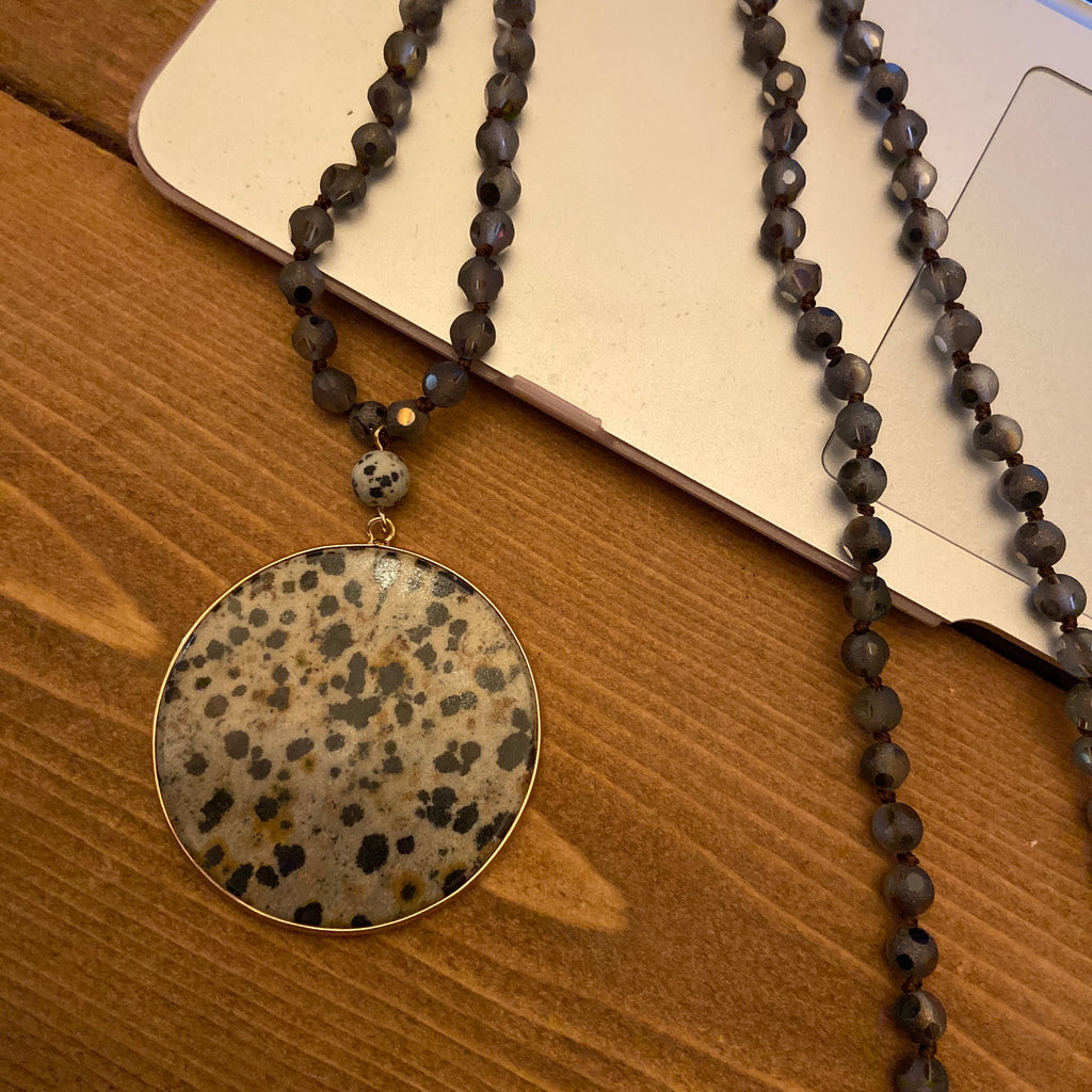 Spotted Pendent Necklace