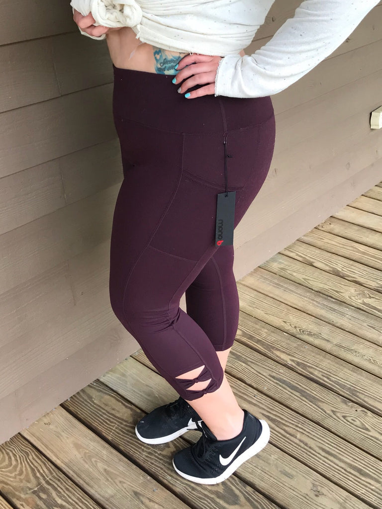 Plum Highwaisted Leggings with Pocket +