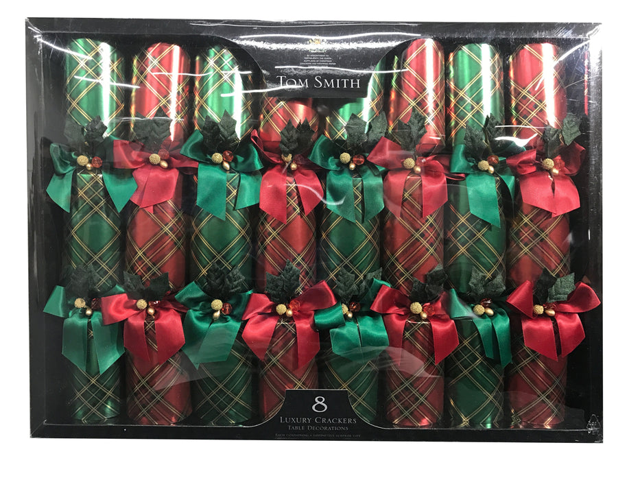 Tom Smith 8 Luxury Crackers Table Decorations with Distinctive Surprise Gifts - Red/Green