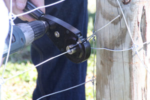 Geared Fence Wire Twister