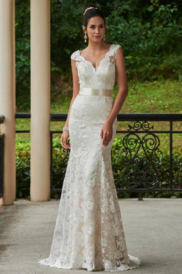 V-Neck Lace Zipper-Up Sheath Sweep Train Wedding Dress WD135