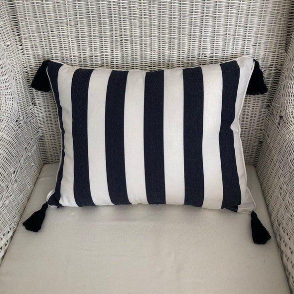 Navy and White Cushion Cover with Tassels - Mode - 40 x 55 cm