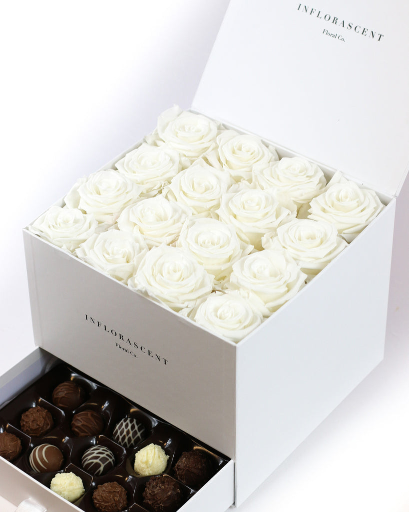 Luxury White Square Box– White Roses That Last A Year