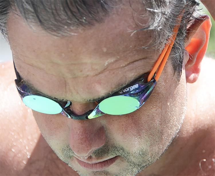 What you need to know when choosing swimming goggles