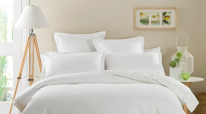 White Single Size luxury quilt cover & pillowcases