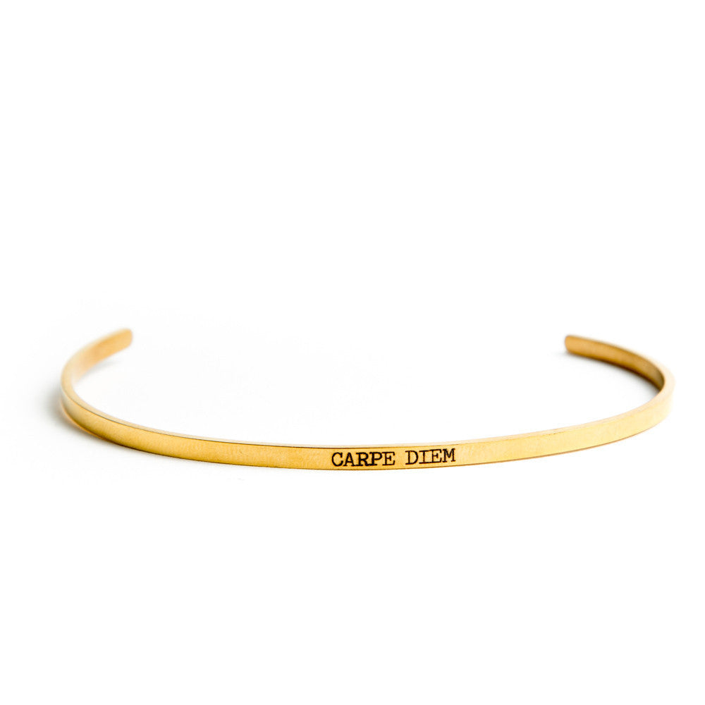"""Carpe Diem"" Delicate Bangle Gold"