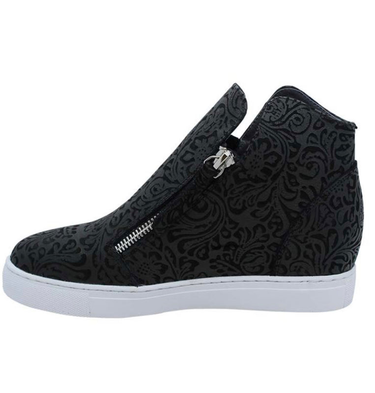 CAPRI SHOE - BLACK EMBOSSED