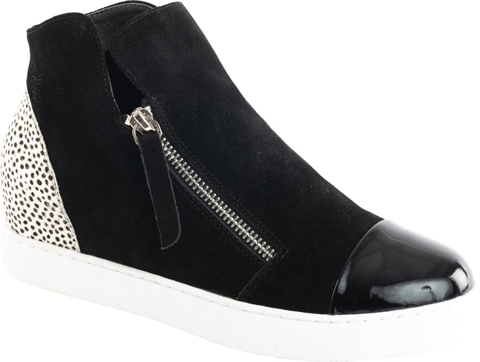 MOSELLE SHOE - BLACK SUEDE / WHITE PONY