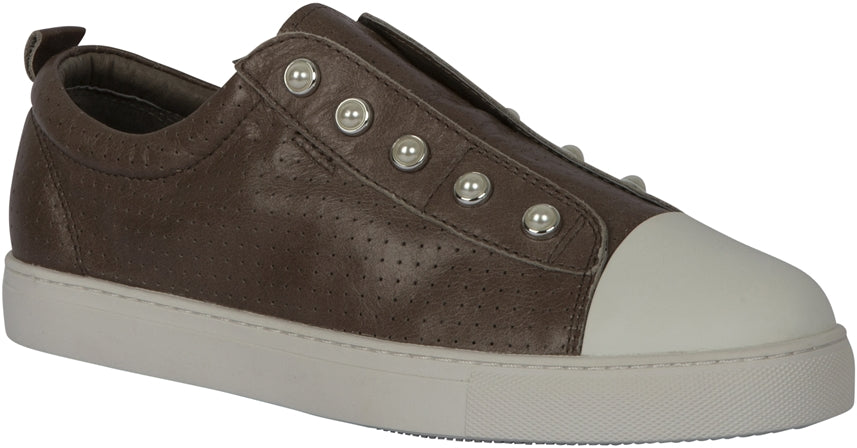 PEARL SHOE (PERFORATED) - TAUPE