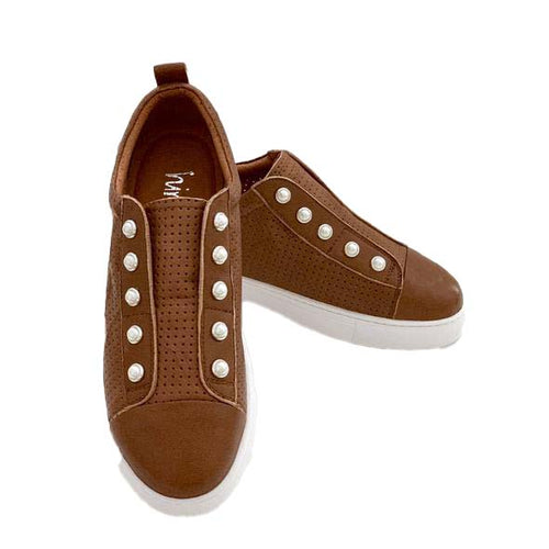 PEARL SHOE (PERFORATED) - TAN size 39/8 last pair