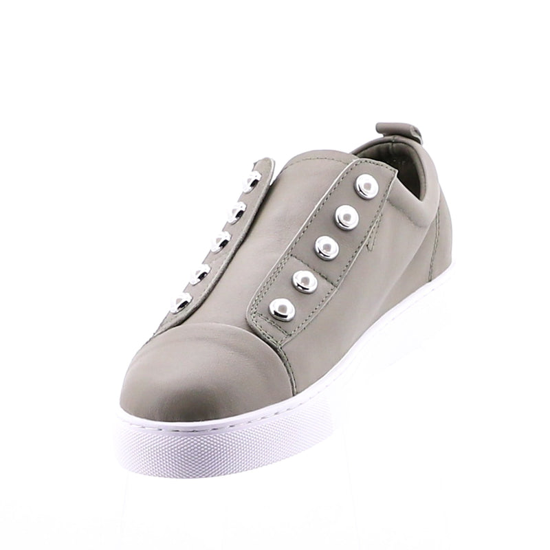 PEARL SHOE (PERFORATED) - LIGHT GREY