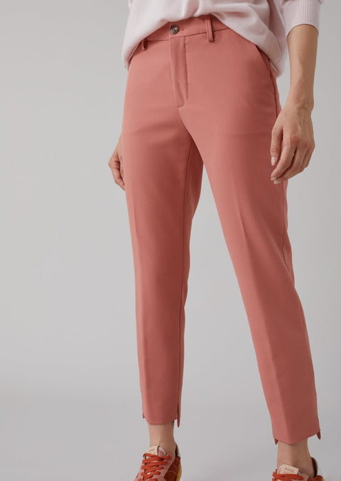 Closed Jack Pants in Antique Rose