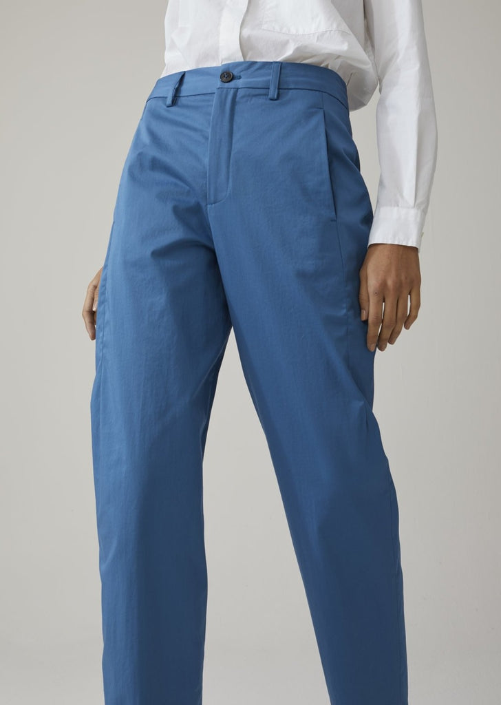 Closed Ludwig Pants in Glacier Blue
