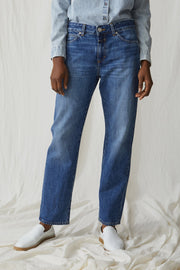 Closed Jay Jeans in Mid-Blue