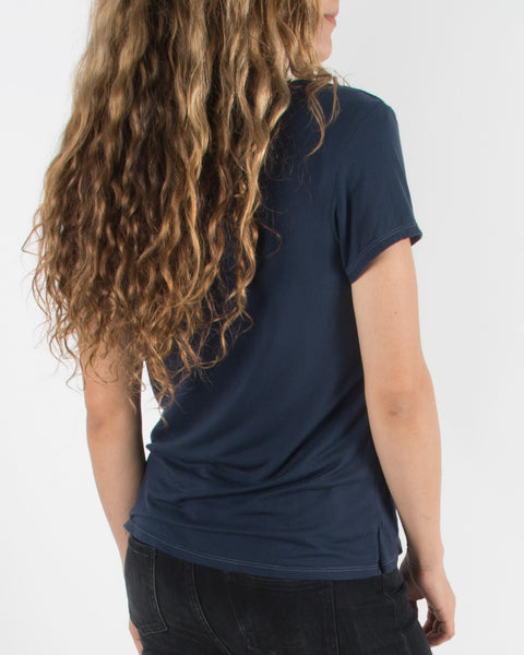 Leylie Very-V Tee in Navy