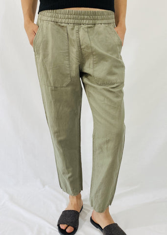 Closed Jason Pants in Olive