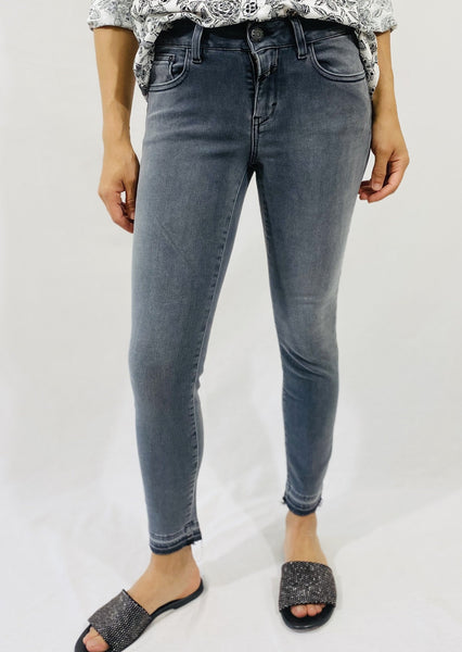 Closed Baker Jeans in Mid Grey