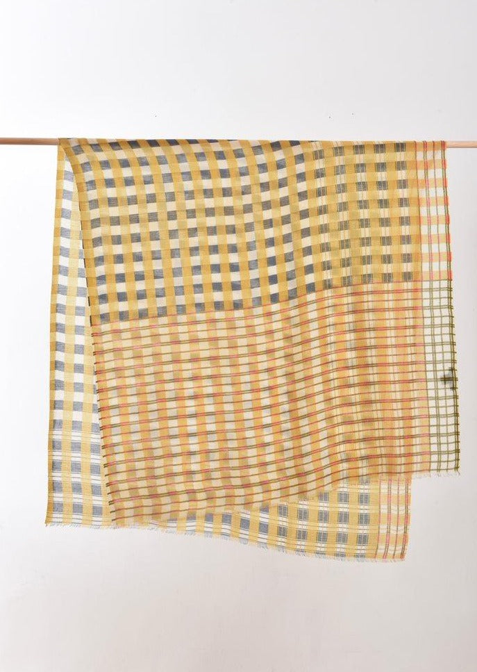 Epice Cotton Plaid Scarf in Sunflower