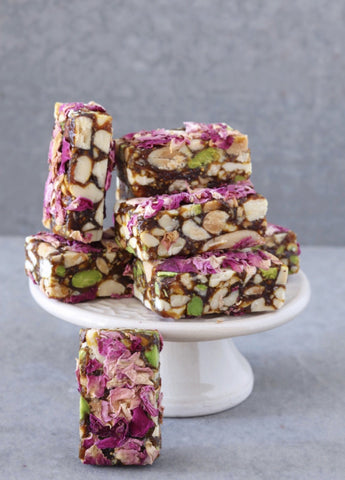 Rose, Figs and Almonds Energy Bar