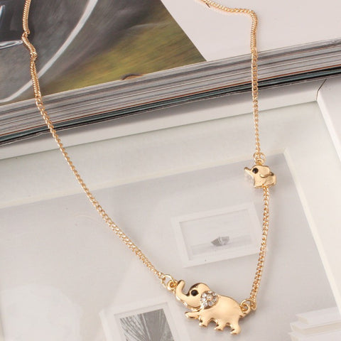 GOLD MOM AND BABY ELEPHANT NECKLACE