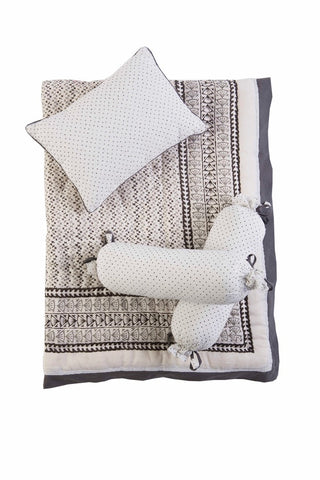 GREENWICH BEDDING SET (4Pc)