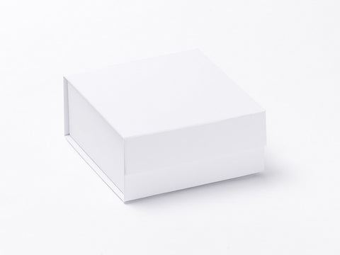 Small White Luxury Gift box with magnetic closure (Pack of 12)
