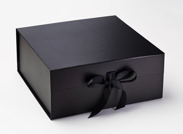 XL Deep Black Luxury Gift box with magnetic closure, and choice of ribbon (Pack of 12)