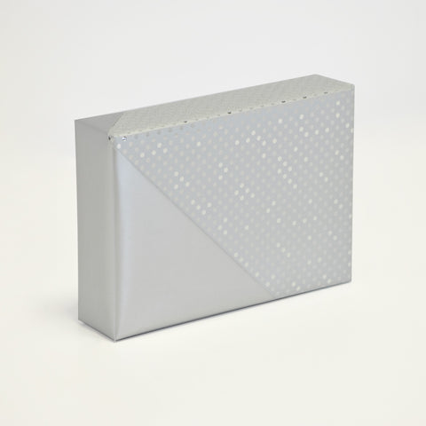 Extravagant Silver Doublesided Counter Roll (250m x 50cm)