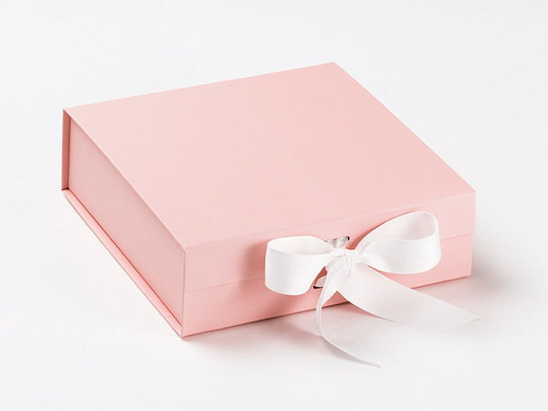 Medium Pale Pink Luxury Gift box with magnetic closure, and choice of ribbon (12)