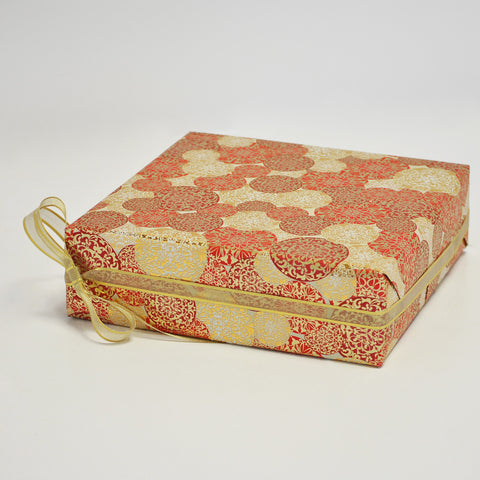 Oriental Bauble Christmas Counter Roll (100m x 50cm)