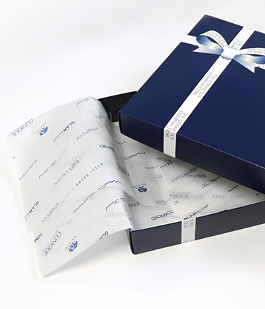 silver lilac gift wrapping