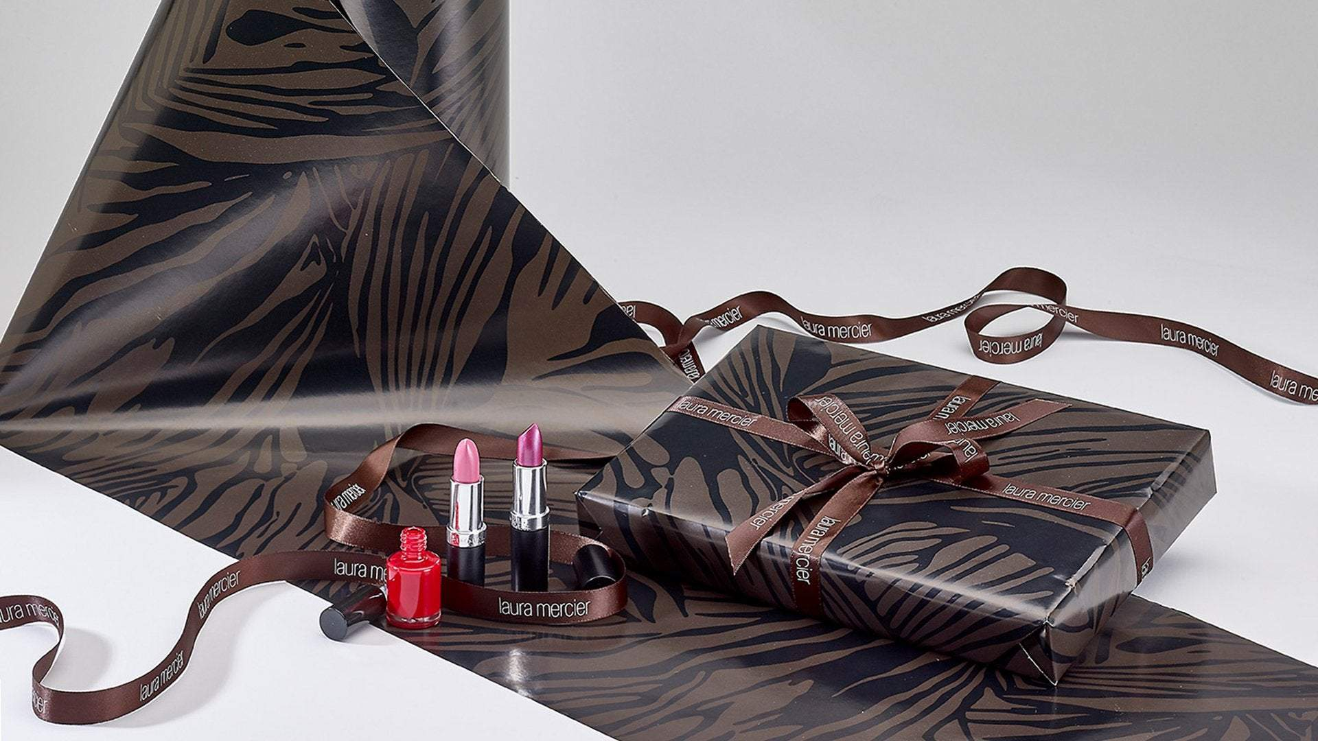 Everything for your Gift Wrapping Service