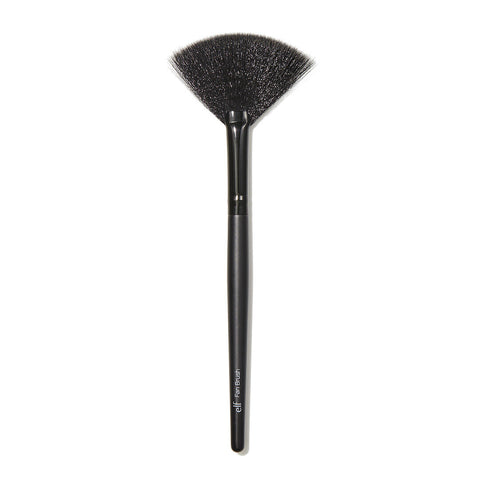 e.l.f Fan Brush