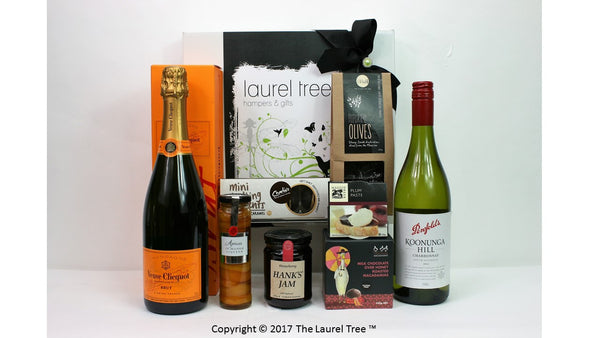 LAUREL TREE PARTY GOURMET GIFT HAMPER