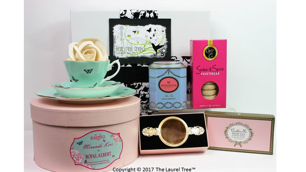 LAUREL TREE ROYAL ALBERT DELIGHT GIFT HAMPER