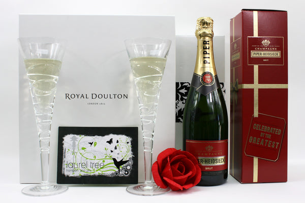 LAUREL TREE DOULTON PIPER CELEBRATION GIFT HAMPER