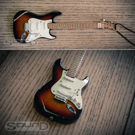 Fender 60's Sunburst Stratocaster Mini hanging guitar