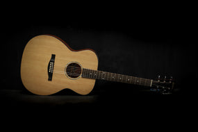 Eastman Guitars PCH1-OM Orchestra Model Acoustic Guitar
