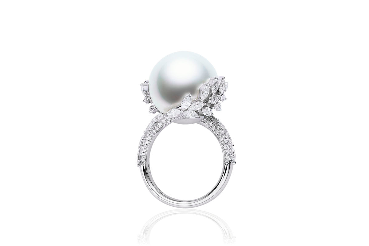 South Sea White pearl ring wrapped with diamonds