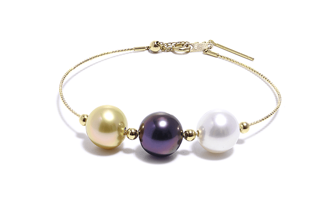 Orbit 3 Sea Pearls Bracelet