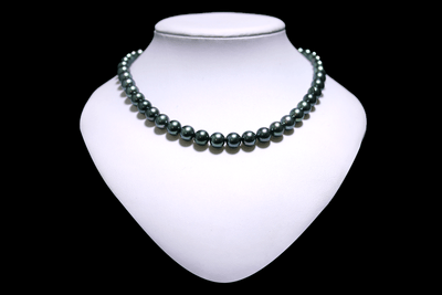 8-10.5mm Blue-Green Black Pearl Strand-Kyllonen