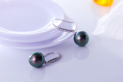 Diamond Hook Black Pearl Earrings