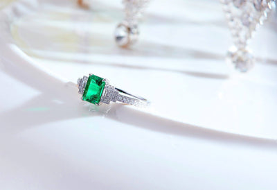 Outlines Emerald Ring