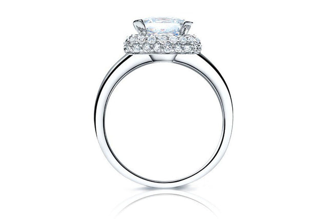 Embrace Halo Diamond Ring-Kyllonen
