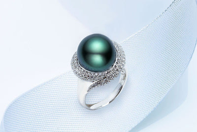 Winter Black Pearl Ring-Kyllonen
