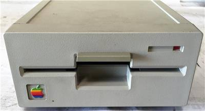 Apple 5.25 Floppy Drive No Yellowing - CSExpress