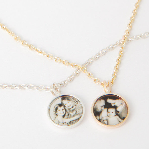 Photogem Memorial Jewellery 10mm 9ct Gold Personalised Necklace