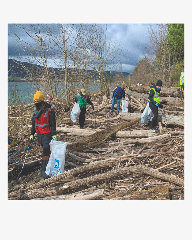 Mad Hippie River Cleanup
